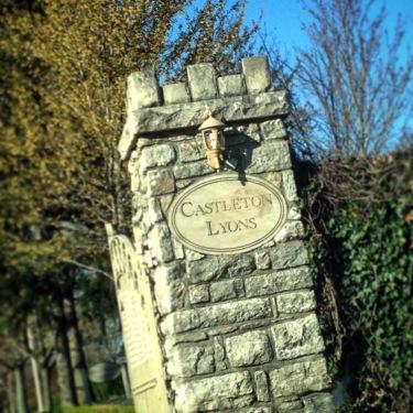 Castleton Lyons - just another perfect breeding farm in Lexington
